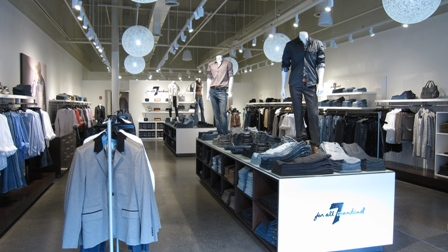8a26b07b12 The Woodbury Common Premium Outlets welcomed a new addition last Friday  with the arrival of 7 For All Mankind. Coming onto the scene right in time  for the ...